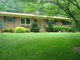 139 Woodhaven Dr, Hendersonville, Nc 28739 3 Beds 2 Baths 1,800