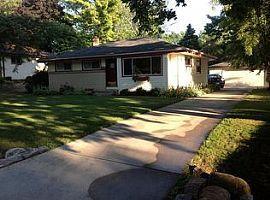 4435 W Dunwood Rd, Brown Deer, Wi 53223
