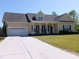 302 Exmoor Dr, Jacksonville, Nc 28540