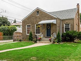 4814 N Mobile Ave, Chicago, IL 60630