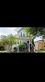 5420 N Neenah Ave, Chicago, IL 60656