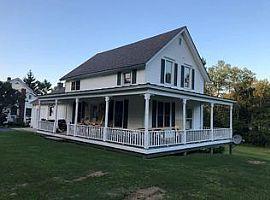 5 Old College Farm Rd, Middlebury, Vt 05753 2 Beds 2 Baths