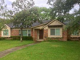 10307 Cedarhurst Dr, Houston, Tx 77096 3 Beds 2 Baths