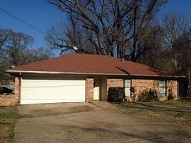 2302 Woodhaven Dr, Tyler, Tx 75701 4 Beds 2 Baths