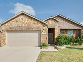2321 Lohani Ln, Fort Worth, Tx 76131