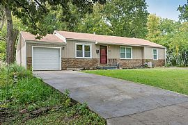 3 Beds 2 Baths...9648 Mcgee St, Kansas Cit
