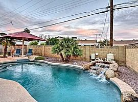 8517 E Thomas Rd, Scottsdale, AZ 85251