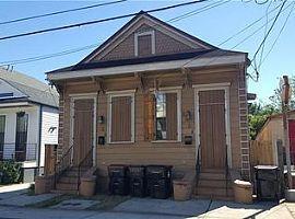 2724 Urquhart St, New Orleans, La 70117