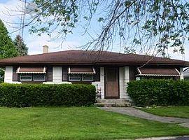 1561 16th Ave, Kenosha, Wi 53140