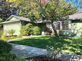 2457 Big Oak Dr, Santa Rosa, Ca 95401