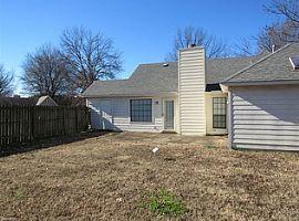 2716 Arbor Lane Dr, Memphis, Tn 38133