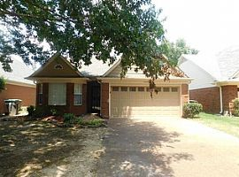 2321 Oak Springs Dr, Cordova, Tn 38016