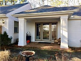 9 Gale Rd, Bloomfield, Ct 06002 2 Beds 2.5 Baths 1,978 Sqft