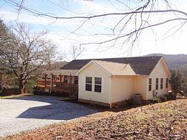 180 Bluebird Cv Franklin, Nc 28734 3 Beds 2 Baths