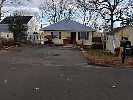 16 Hilton Ave, East Haven, Ct 06512