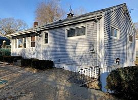 16 Bluff Rd, Gales Ferry, Ct 06335