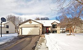 713 108th Ave Nw Coon Rapids, Mn 55448