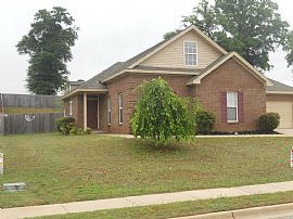 Nice 4 Beds 2 Baths Home