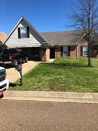 5716 Hunters Chase Dr, Southaven, Ms 38672