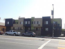 7520 S Broadway, Los Angeles, Ca 90003
