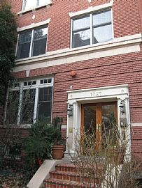 Great Location! 1 Bedroom in Dupont Circle!