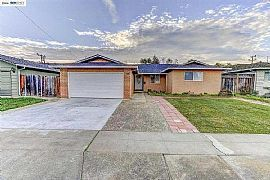 2122 Country Dr, Fremont, Ca 94536