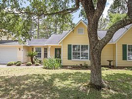 Stunning Home in The Picturesque Stark Bayou Subdivision of Oce