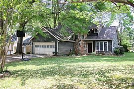 Beautiful Home in Sought After Sprayberry High School District.