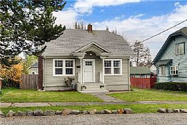 215 S 46th St, Tacoma, Wa 98418