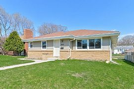 3015 Dakota Ave S  Spacious and Beautiful, This Newly Updated