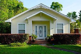 Charming 3bedroom House Rent