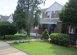 906 E Wadsworth Ave, Philadelphia