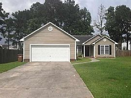 303 Softwood Ct, Jacksonville, Nc 28540