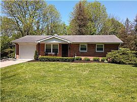 5702 Hillside Ave, Indianapolis, in 46220