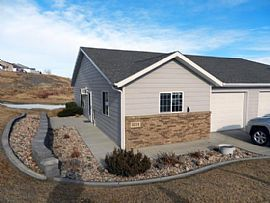 1214 E Oakland St, Rapid City, Sd 57701