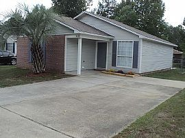 417 Oak Knoll Ln, Pensacola, Fl 32506