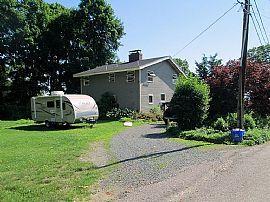 4 Clinton St, Jamestown, Ri 02835