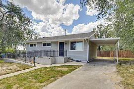 850 Sequoia Dr, Colorado Springs, Co 80910