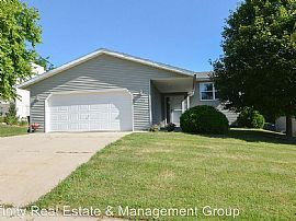 4203 Valley Dr Nw, Rochester, Mn 55901