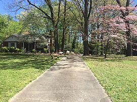 213 Old Piedmont Hwy, Greenville, Sc 29605