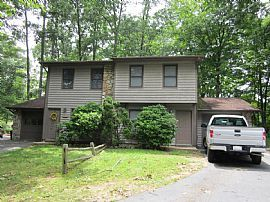 Townhouse-Style Apartment Located in Desirable South Buncombe C