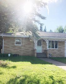 3332 Stein Blvd, Eau Claire, Partially Furnished 3br 2ba