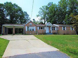 10003 Maryland St, Lanham, Md 20706