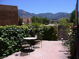 2177 Black Willow Dr Ne, Albuquerque, NM 87122