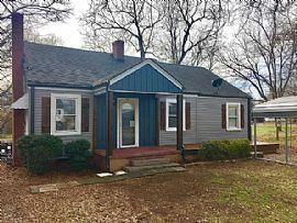107 Oak St, Greenville, Sc Rent 500 Deposit 500 Total 1000