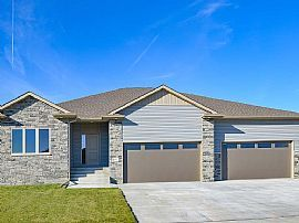 8915 S 32nd St, Lincoln, Ne 68516