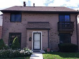 700 Ardmore Ave Apt 406, Ardmore, Pa 19003