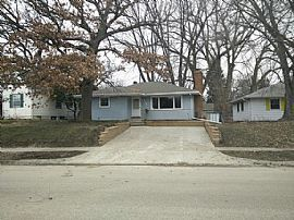 This House Was Just Updated with Fresh Paint, Trim and Hardwood