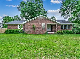 1203 Wake Forest Rd, Conway, Sc 29526