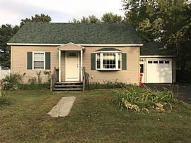 10 Maplewood Dr, South Burlington, Vt 05403